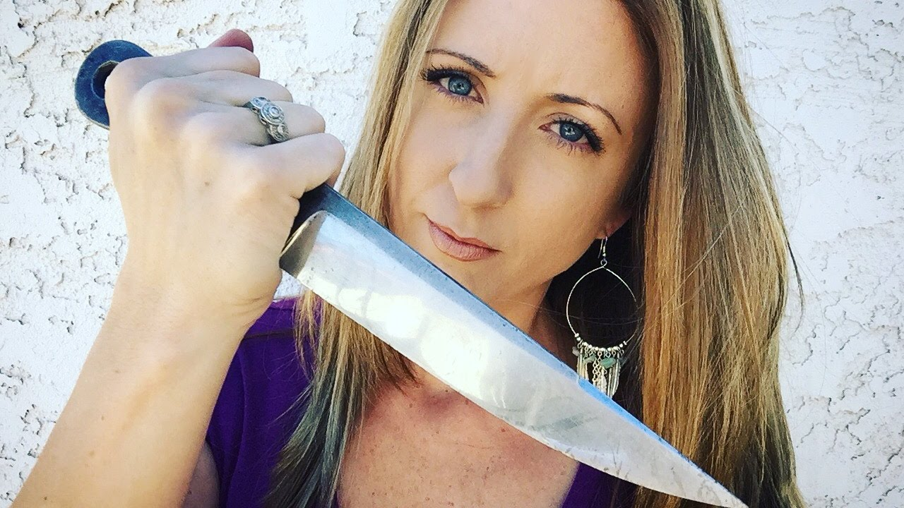 Knife Thrower: Kimberly Mitchell, The Bladed Broad